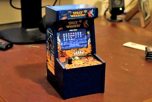 Micro Space Invaders Arcade Game