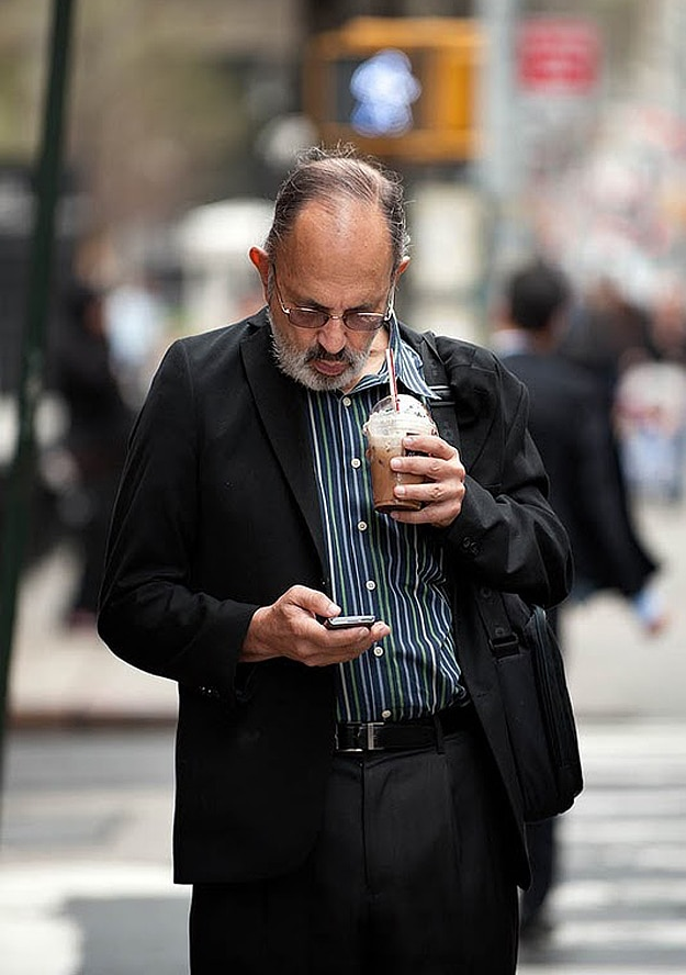 Tweeting and Texting on iPhone