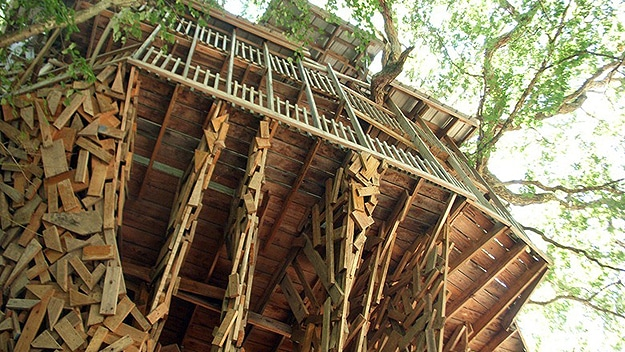 Treehouse In Crossville Tennessee