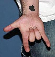 The Mac Daddy Collection Of Apple Logo Tattoos [20 Pics]