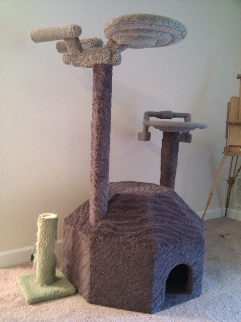Cat Tree Star Trek Design