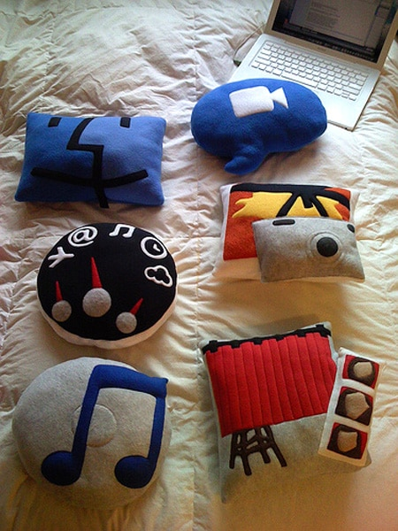 Geek Logo And Abrevation Pillows