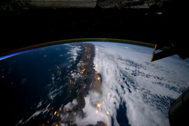 A Lap Around Our Beautiful Planet In Time Lapse [Video]