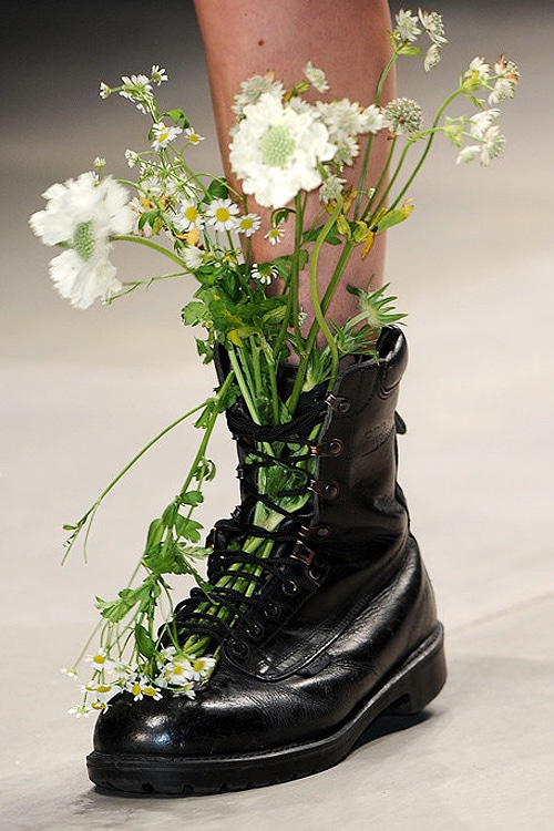Creative Inspiration Wear Wild Flowers In Combat Boots
