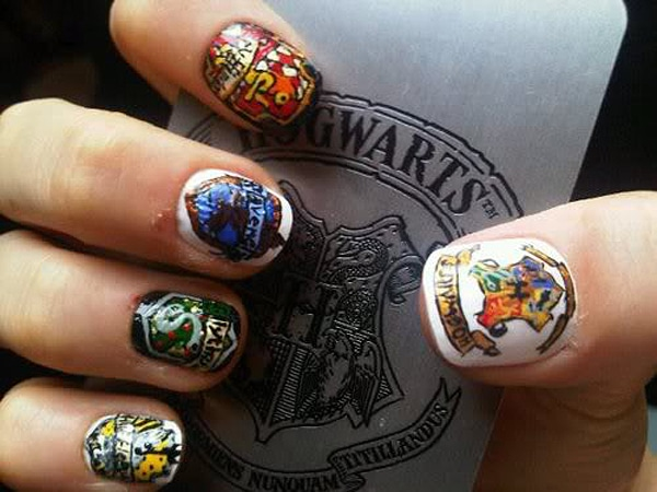 Creative Harry Potter Inspired Nail Art [10 Pics]
