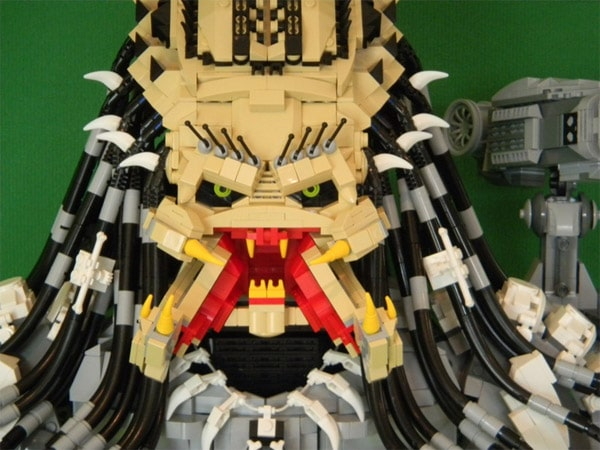 Predator Lego Bust Portrait Build