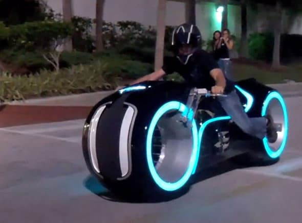 The Real Tron Light Cycle In Action [Video]