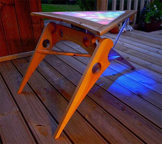 A Fabulous Fan Created Klingon LED Coffee Table