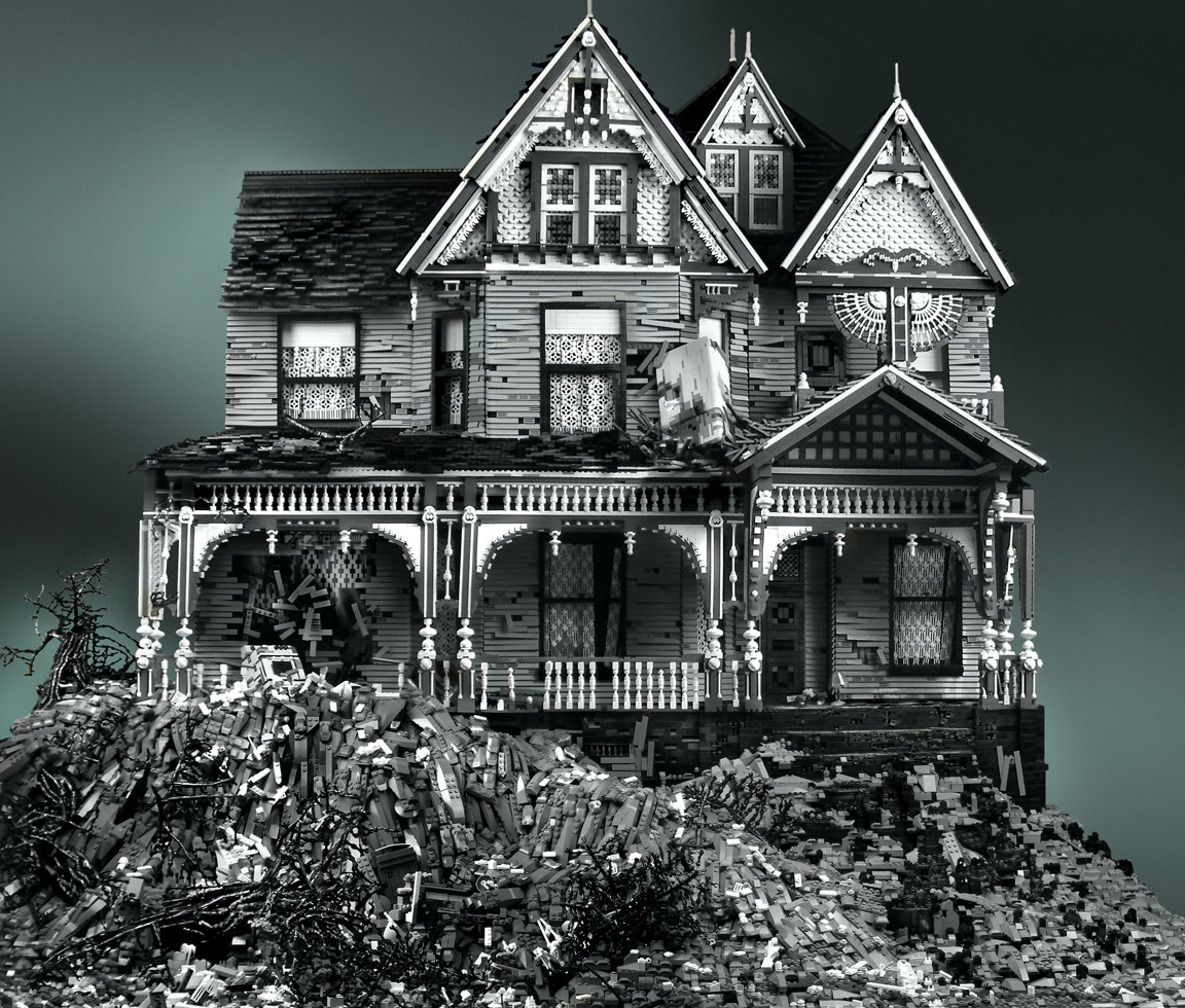Haunted Deteriorated House Lego Builds
