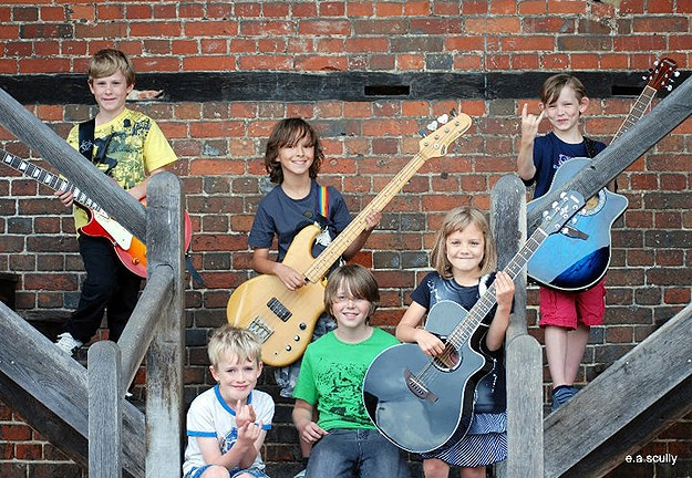 UK Rock Group Of Children