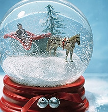 DIY Holiday Snow Globes: Create Your Own Winter Wonderland