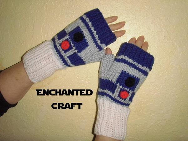 R2D2 Knitted Gloves On Etsy