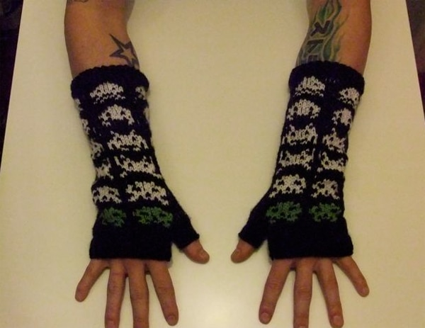 Space invaders Knitted Gloves
