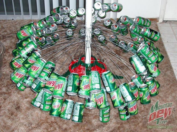 Holiday Classic Can Tree