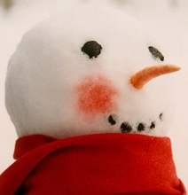 How To: Put Rosy Cheeks On Your Snowman