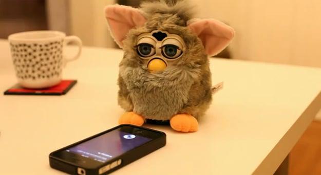 Siri Versus Furby Tech Conversation