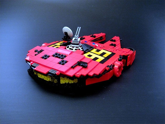 Millennium Falcon Lightning McQueen