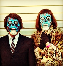 "DIY ""They Live"" Alien Masks: Retro Sci-Fi Brilliance"