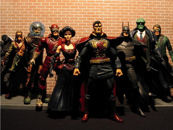 Victorian Steampunk Superhero Avengers Figurines