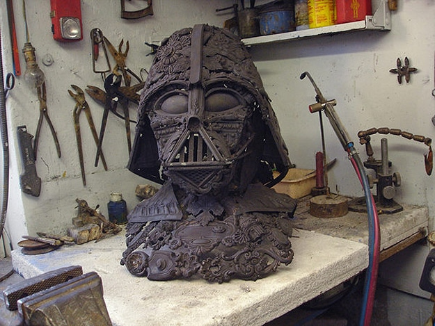 Badass Darth Vader Bust Created From Tarnished Spoons & Old Junk