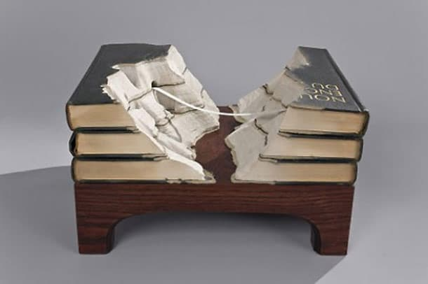 Book Landscapes: Displaying The Alien World Of Books