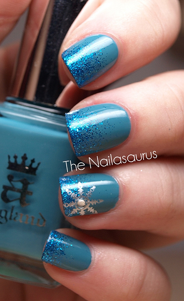 Bright Blue Star Nail Art
