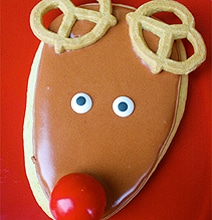 The Cutest DIY Rudolph Holiday Cookies Ever