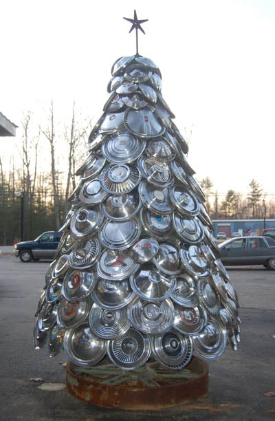 The Hubcap Christmas Tree Build