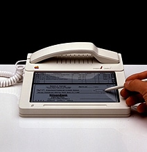 Prototype Of Apple's Attempt To Make The iPhone Back In 1983
