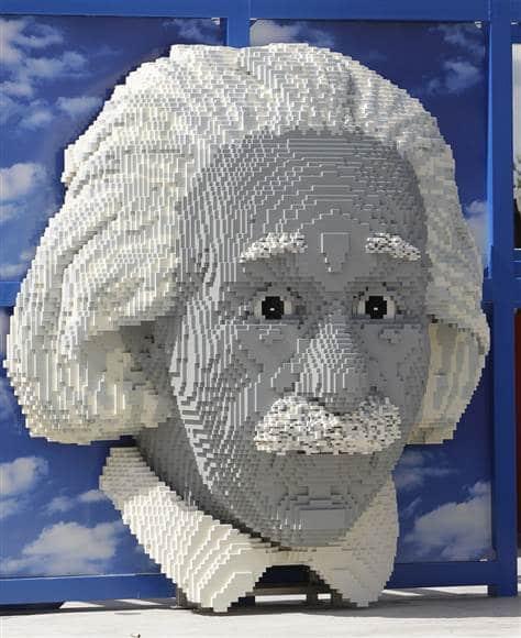 Albert Einstein Epic Lego Build