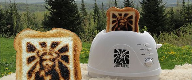 God Toast Design On Bread
