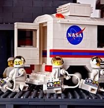 Whoa! A Saturn V Rocket Created With 120,000 Lego Bricks
