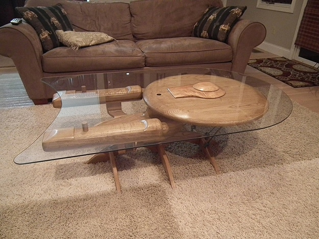 Geek Design: Starship Enterprise Inspired Coffee Table