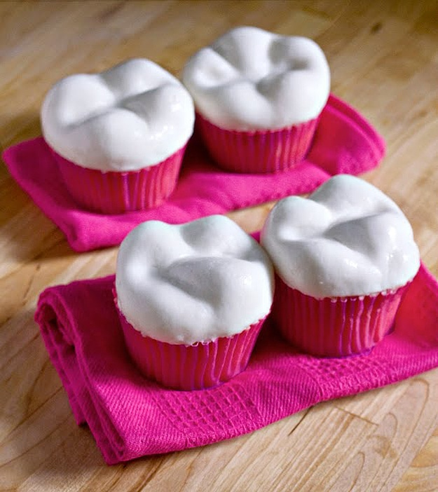 Pink Teeth Cupcake Design