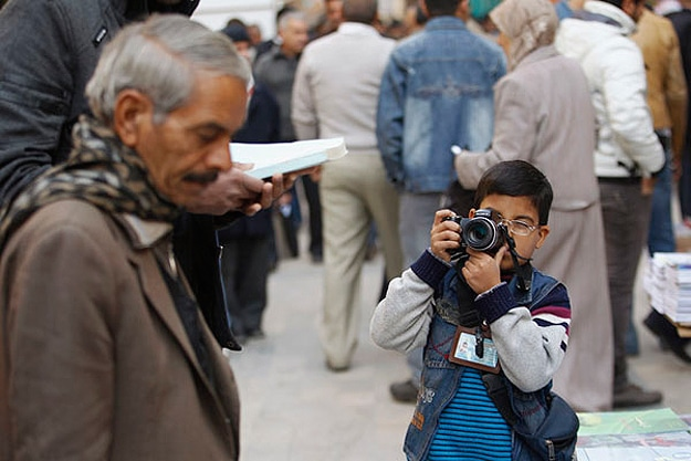 Iraq's Youngest Professional Photographer Will Only Photograph Peace