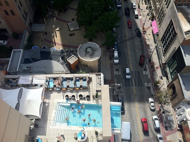 Creative-Hotel-Balcony-Pools