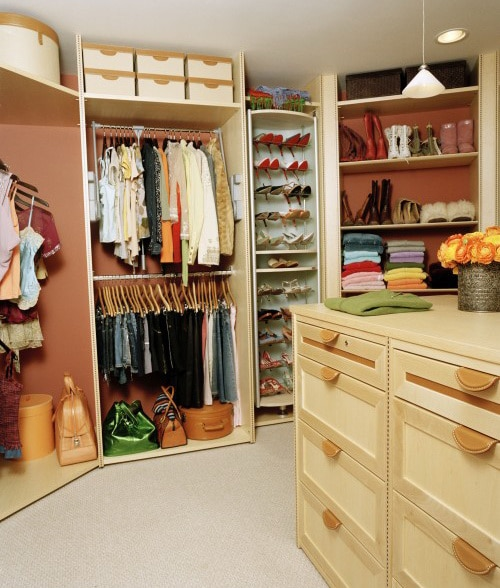 Home Decorating Huge Closets