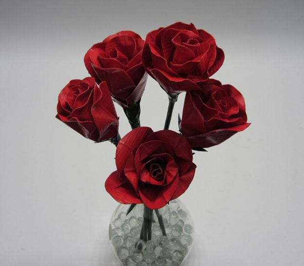DIY Beautiful Red Roses Made From Duct Tape