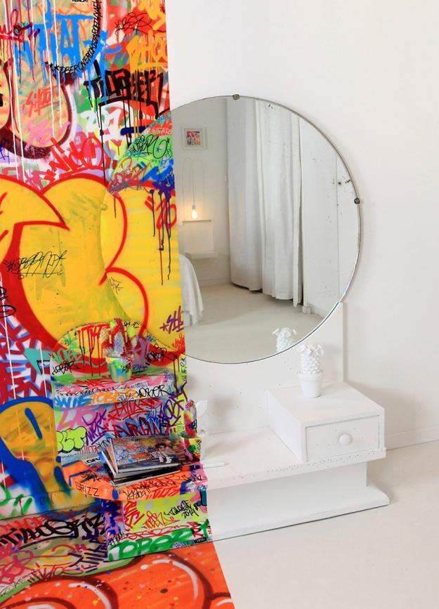 Panic-Room-Bedroom-Design
