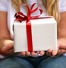 What Your Valentine's Gift Says About Your Relationship [Infographic]