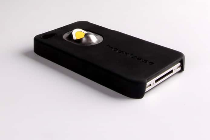intoxicase-iphone-bottle-opener