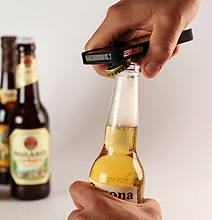 Intoxicase: iPhone Case That Tracks Beer Bottles Opened