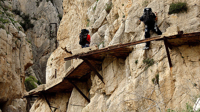 most-dangerous-hiking-trail