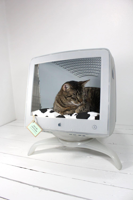 The Mac Apple Studio Display Cat Bed Mod