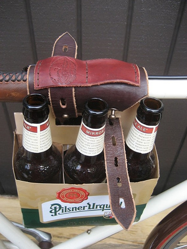 Beer-On-Bicycle-Gadget