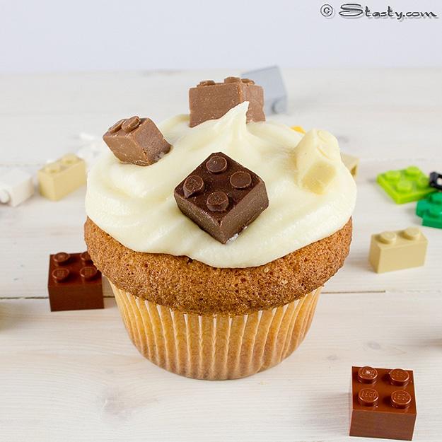Fun-Lego-Cupcake-Design