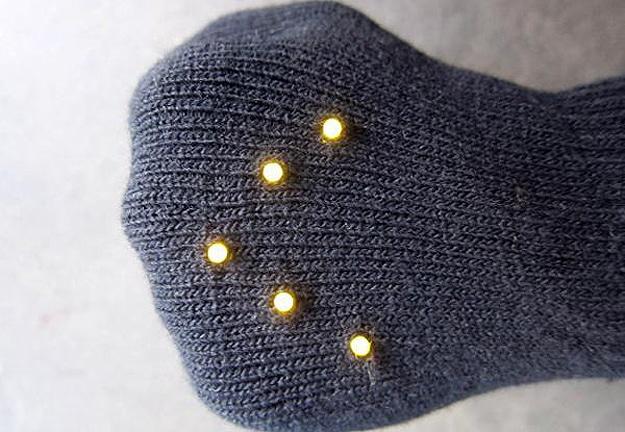 LED-Gloves-For-Bikers