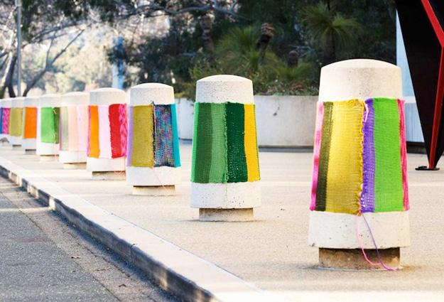 Yarn-Bombing-Public-Spaces