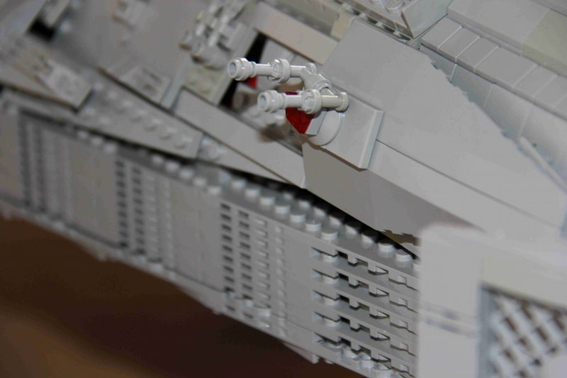 battlestar-valkyrie-lego-build