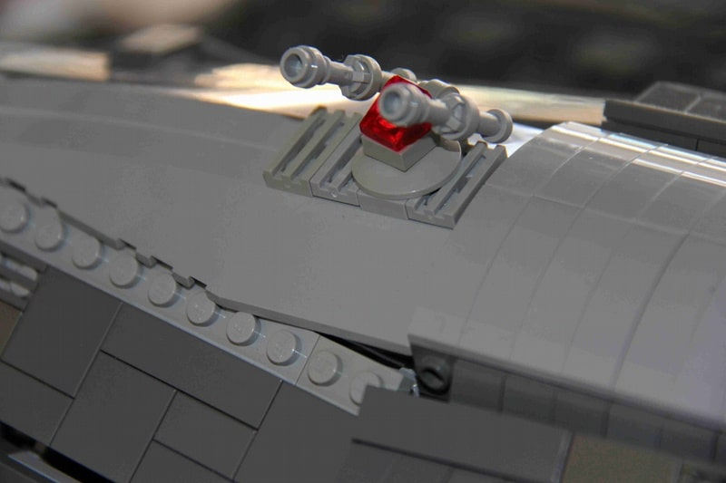 battlestar-valkyrie-lego-build